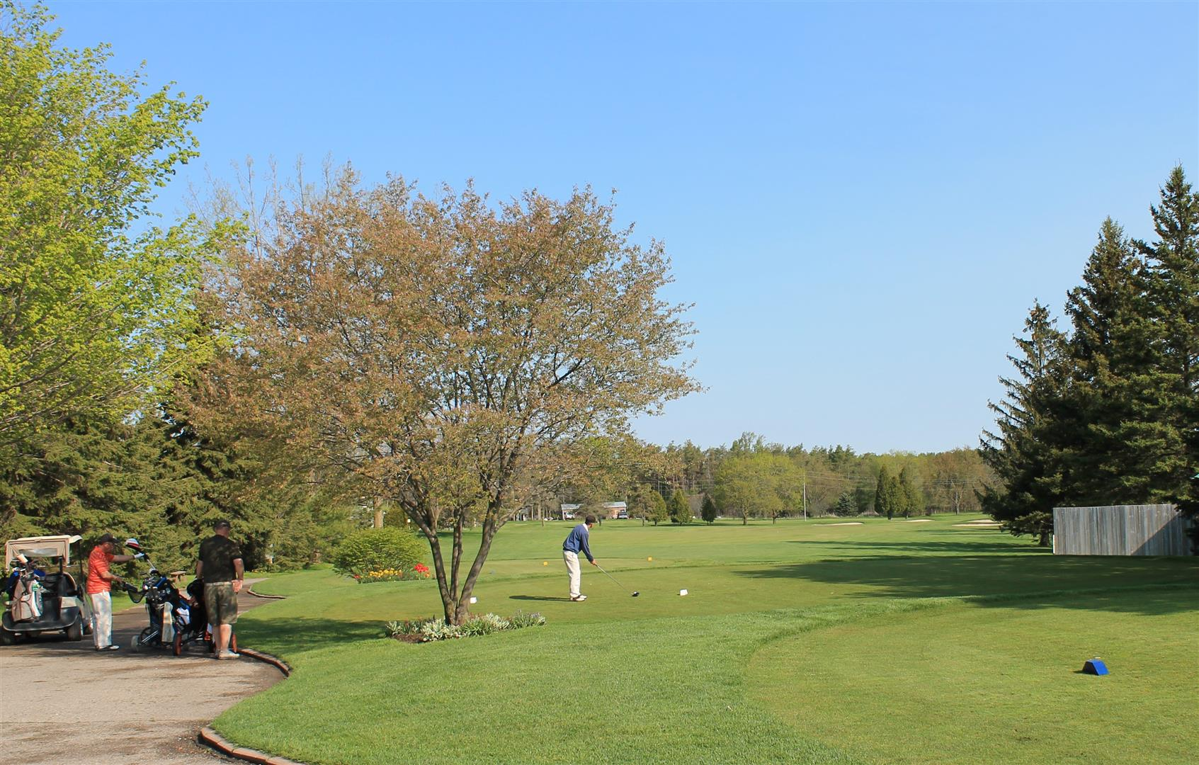 1st tee Victoria Park East Guelph