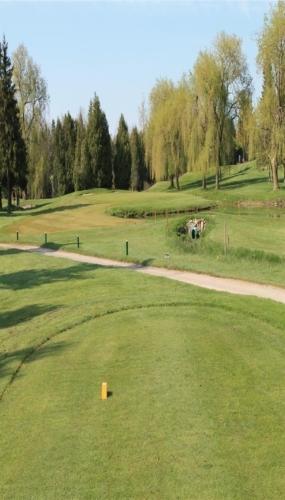 13 hole Victoria Park East Golf Club Guelph